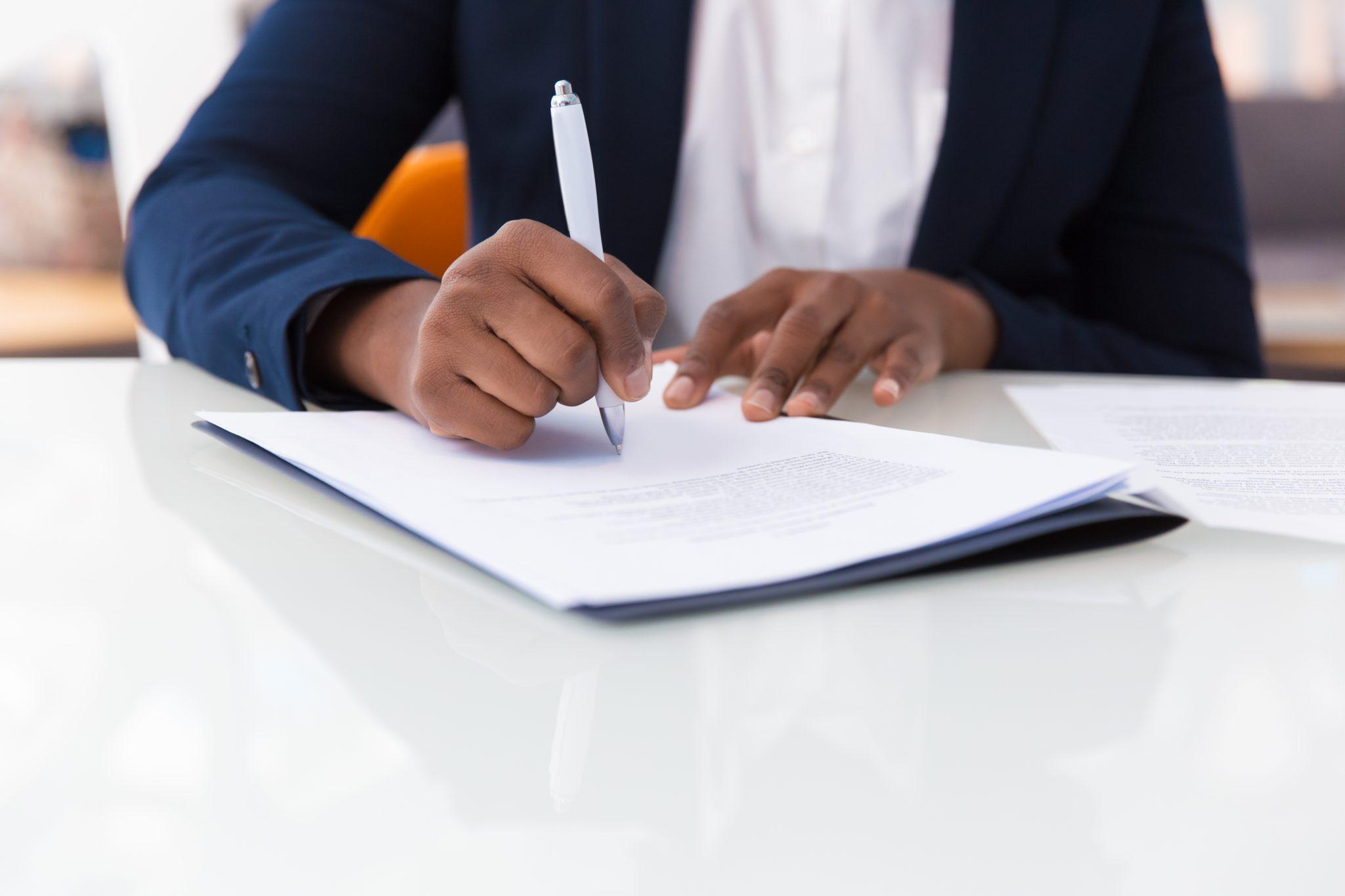 Mention du nom de l'agent immobilier : attention à la nullité du mandat